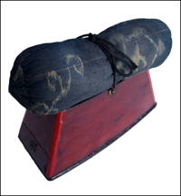 Old Bachimakura Geisha Pillow With Drawer